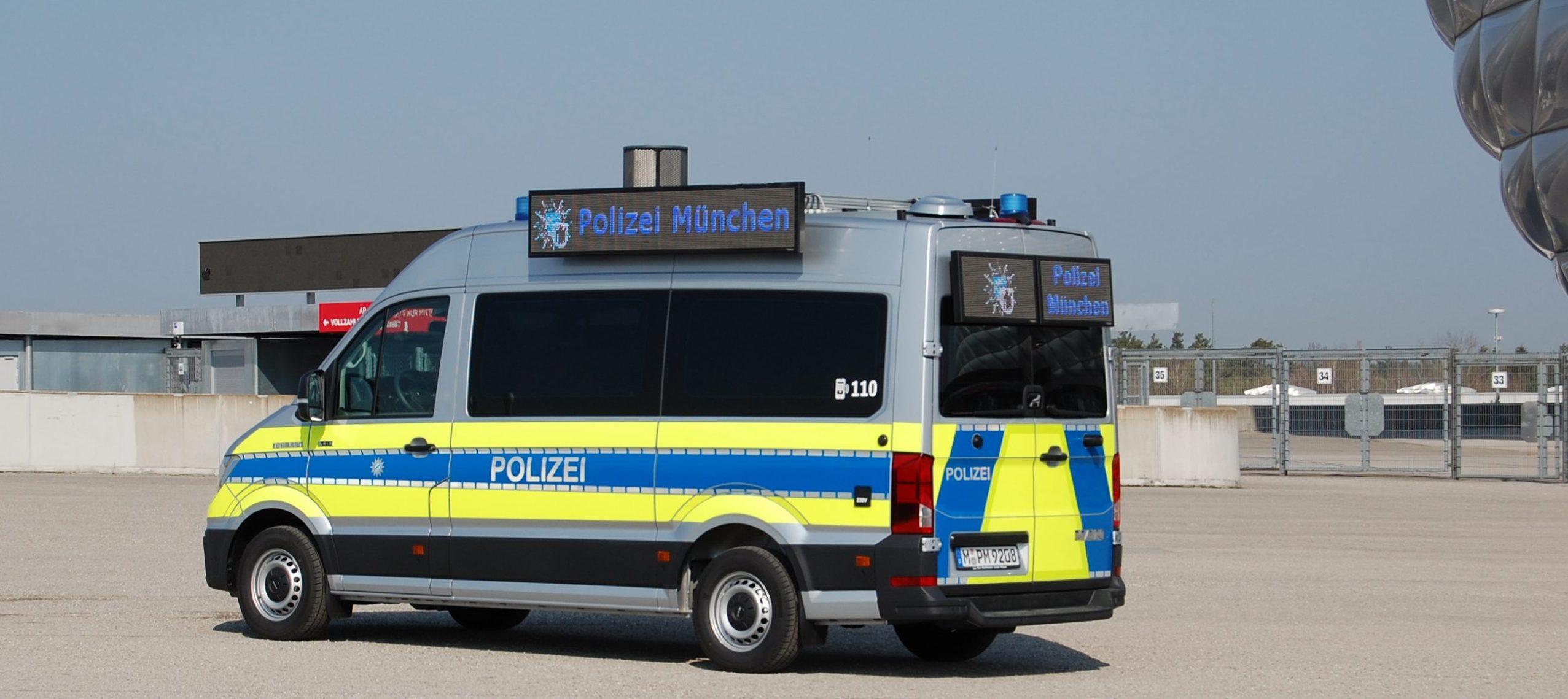 LauKw Lautsprecherkraftwagen Lautsprecherwagen Polizei München