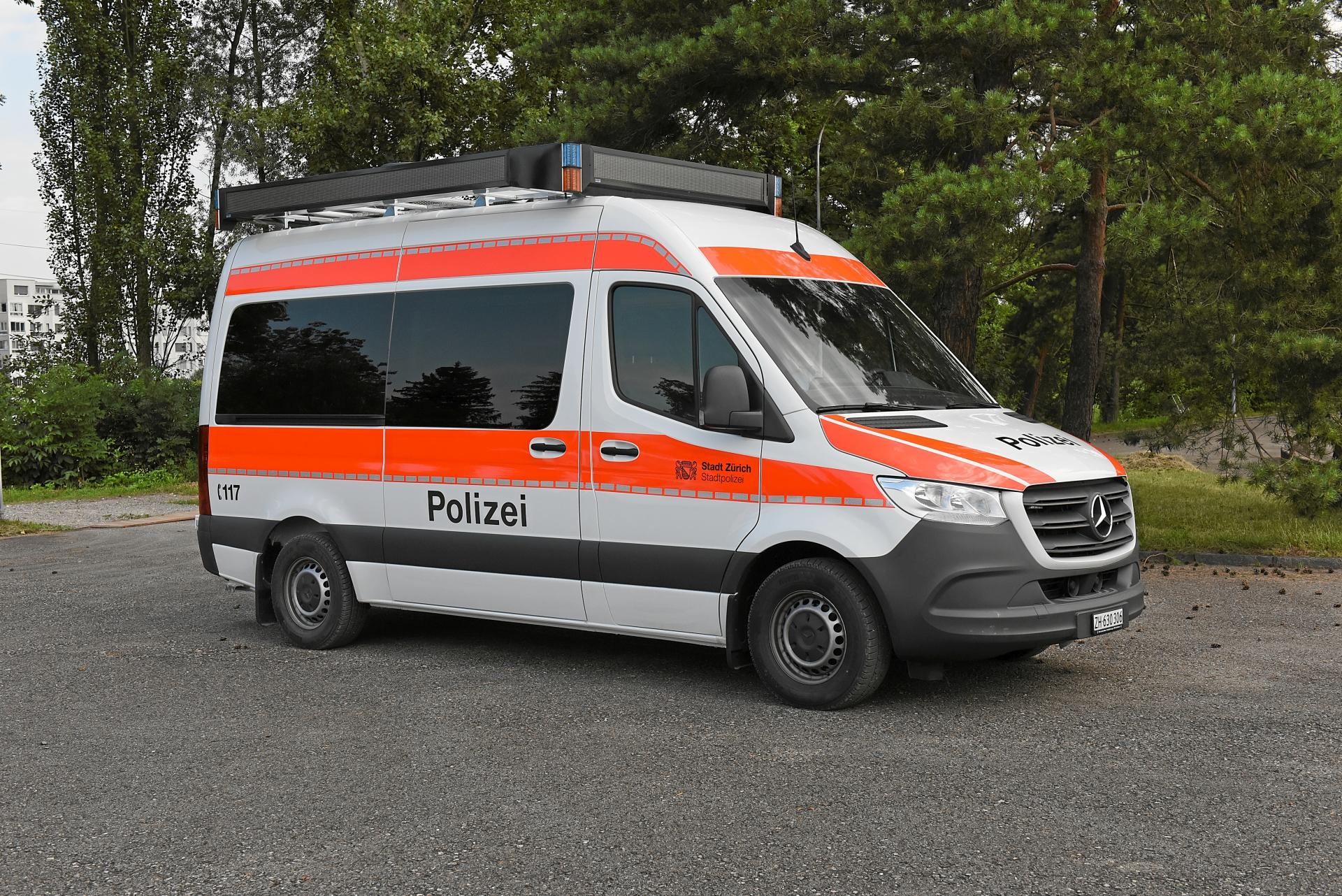 LaWa loudspeaker-vehicle 360° police Zurich
