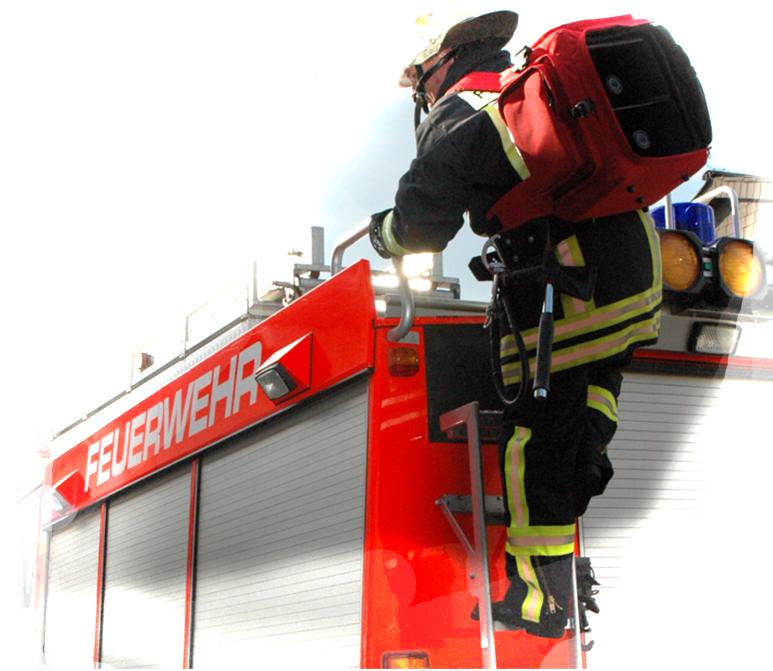 Mobiler Lautsprecher / Megaphone im Einsatz bei der Feuerwehr