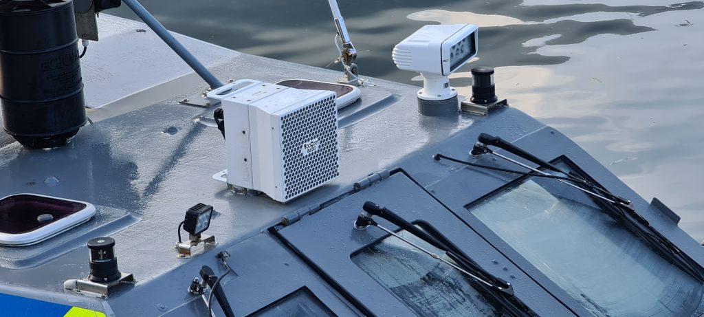 Highpower loudspeaker AHD M-115 on vessel
